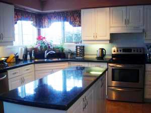 granite-kitchen-948448-m