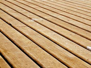 deck-1569606